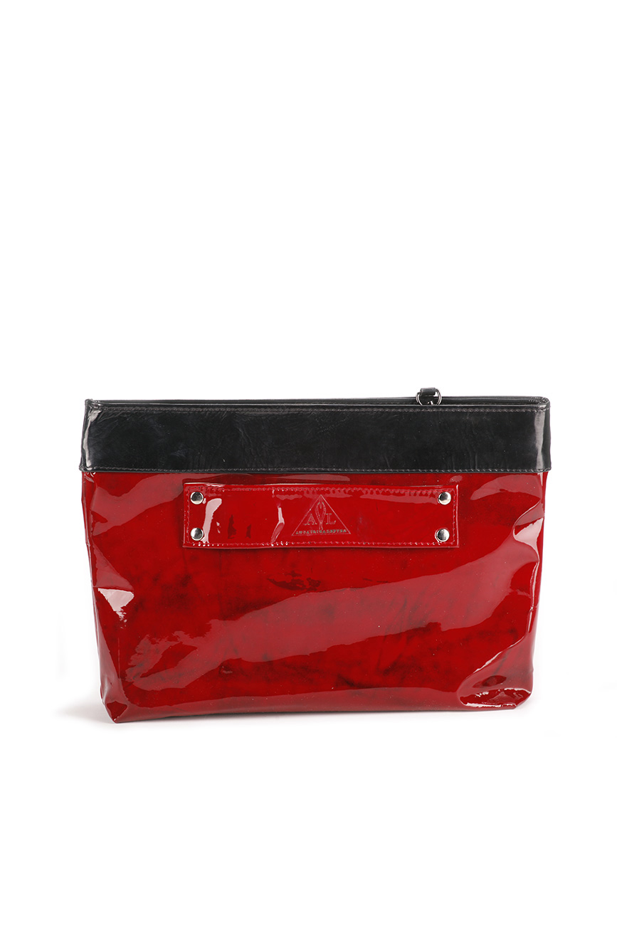 AIL Bags CH2 Vinyls Lacquered Red Clutch Back