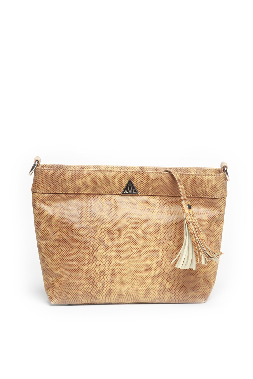 AIL Bags CH2 Vinyls Brown Clutch Back