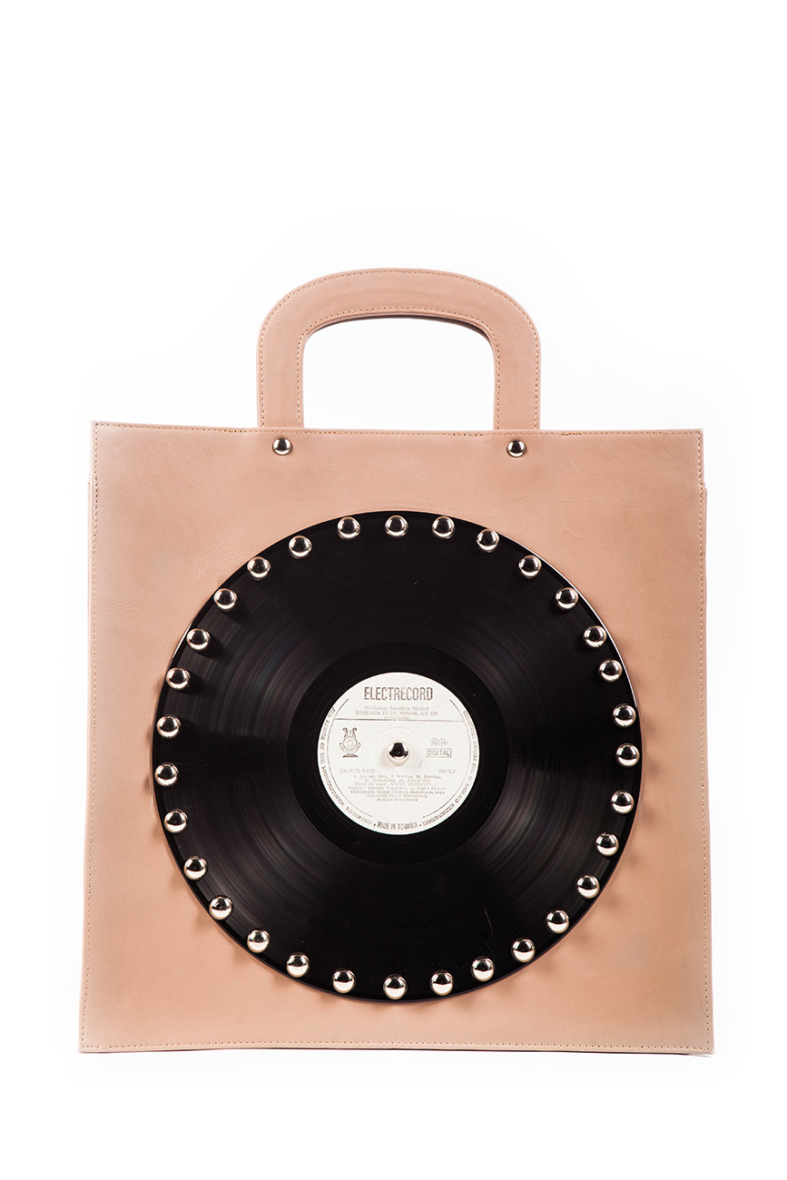AIL Bags CH2 Vinyls One Capucio Front