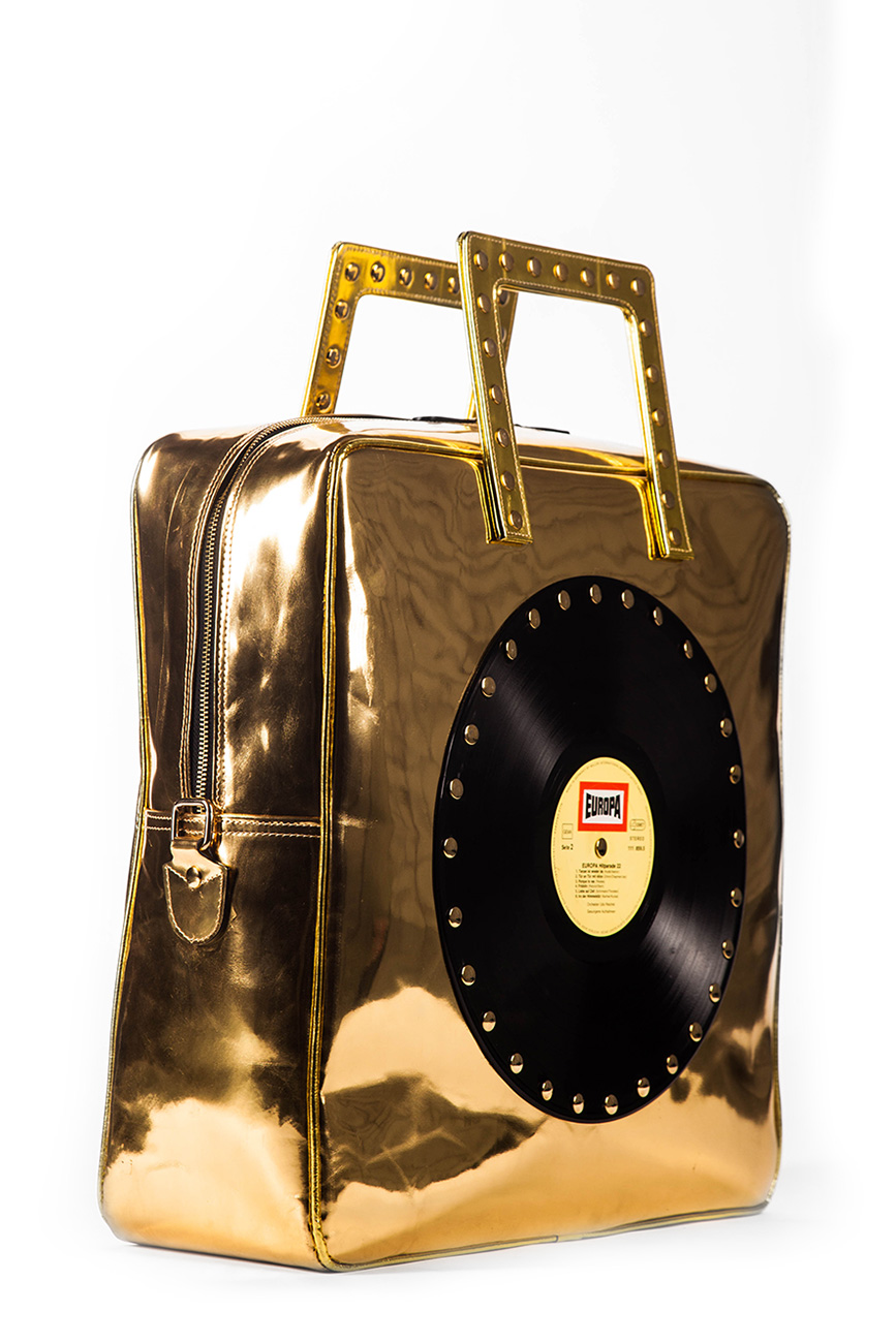 AIL Bags CH2 Vinyls Travel Gold Laqued Side